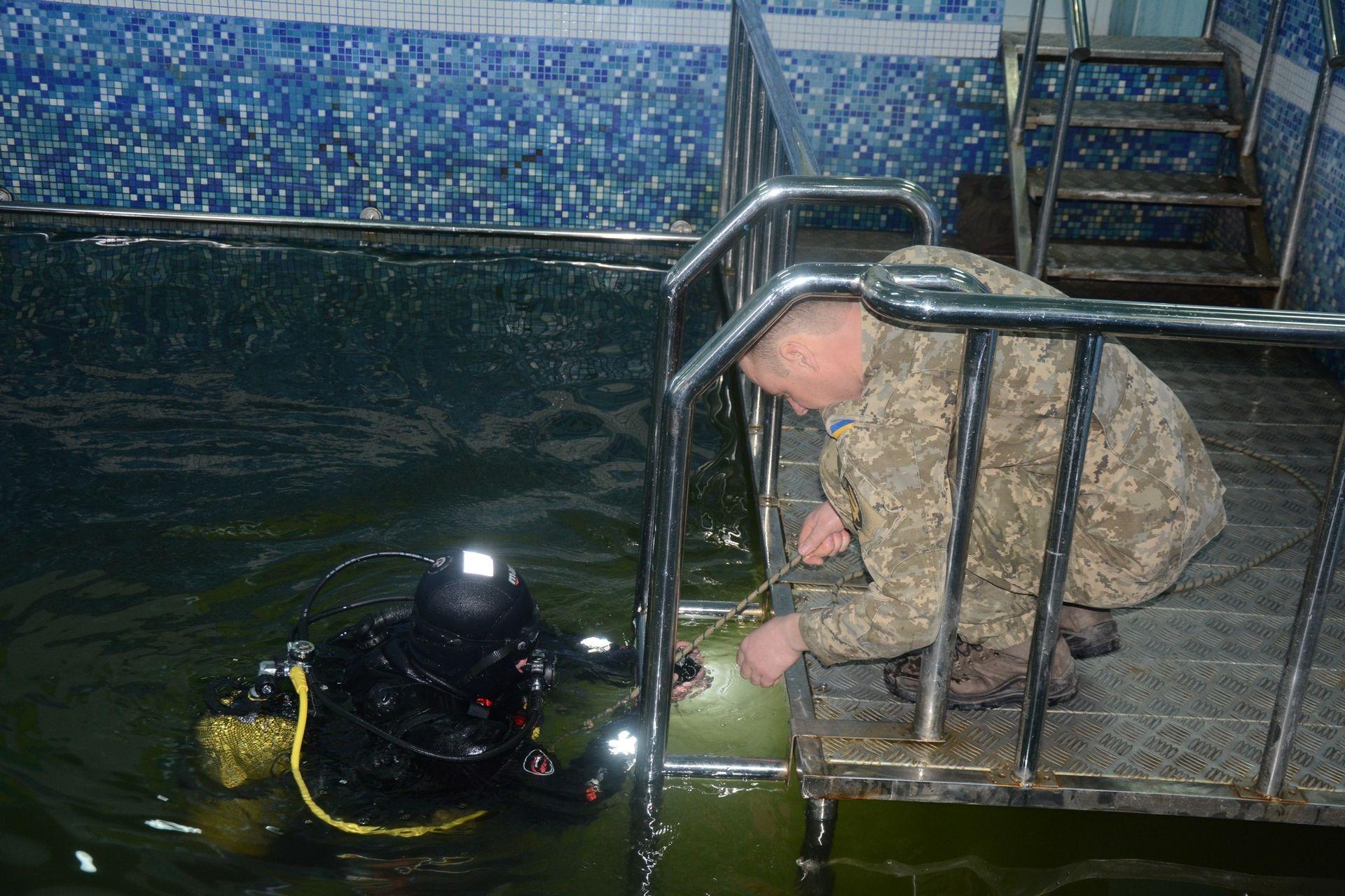 Для військових водолазів придбали сучасне водолазне обладнання