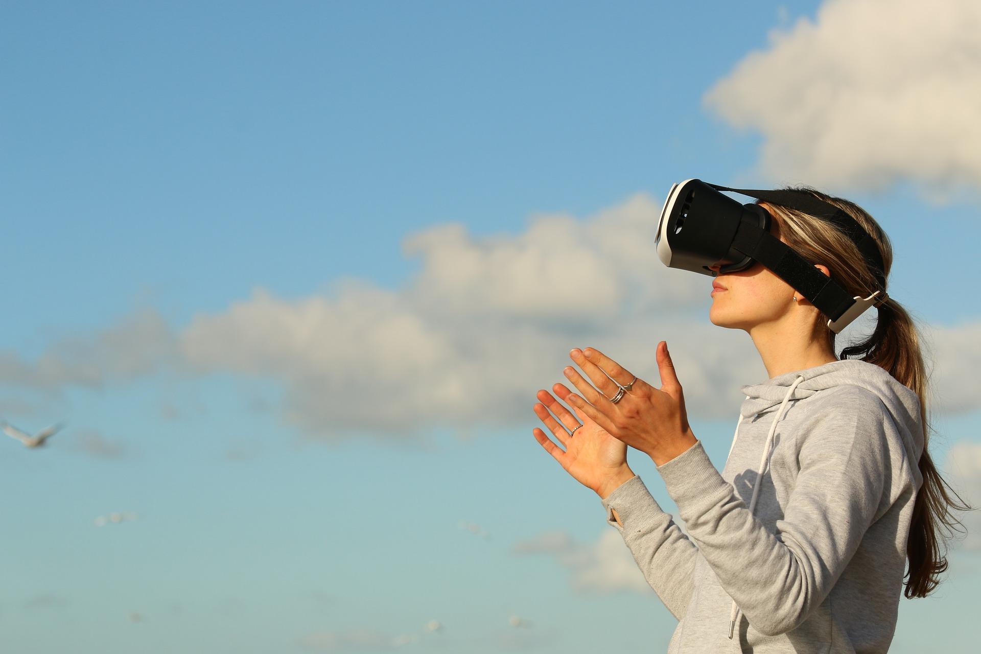 За 4 роки ринок AR/VR-пристроїв зросте у 5 разів