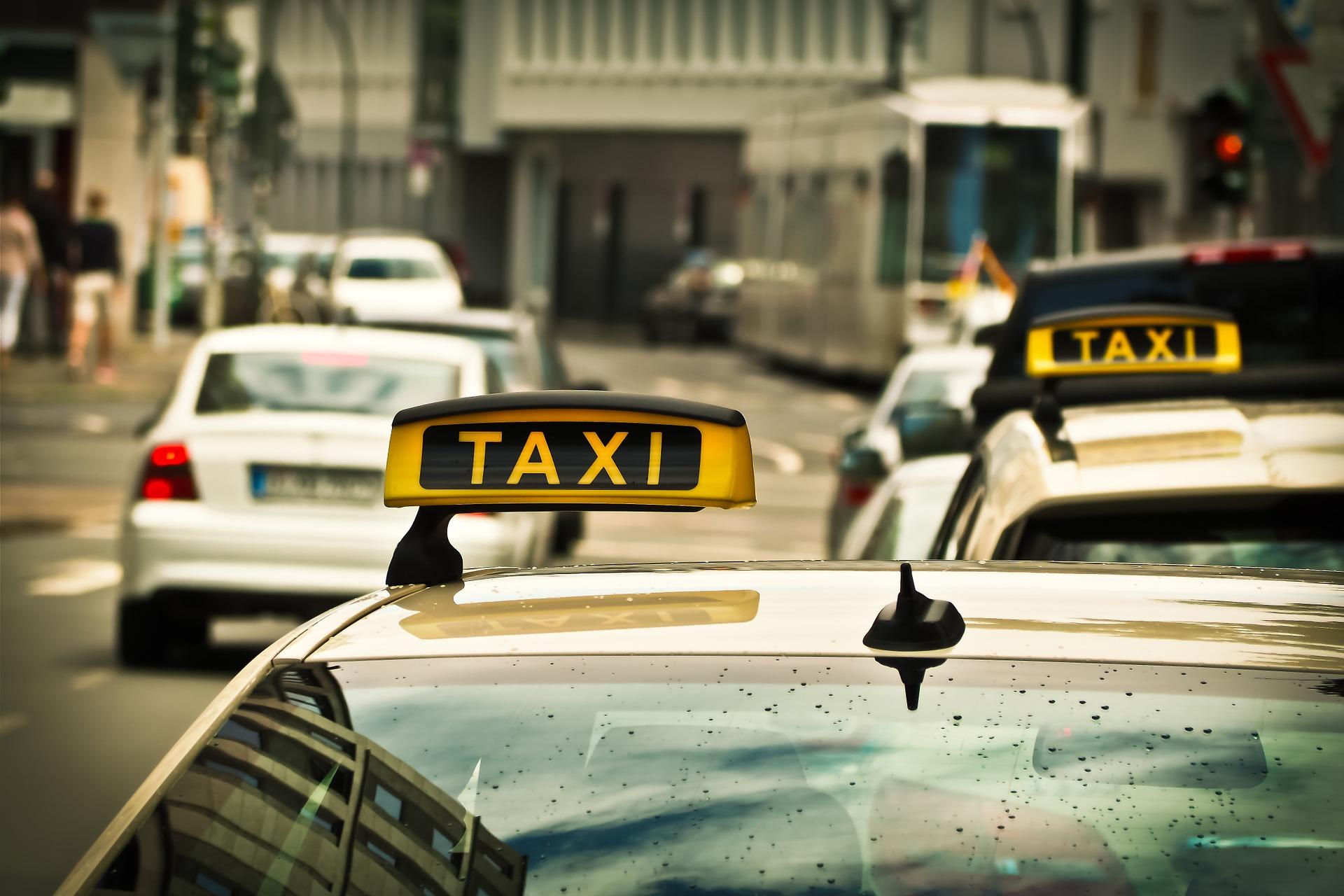 Сервіс таксі Uklon запустили у Харкові