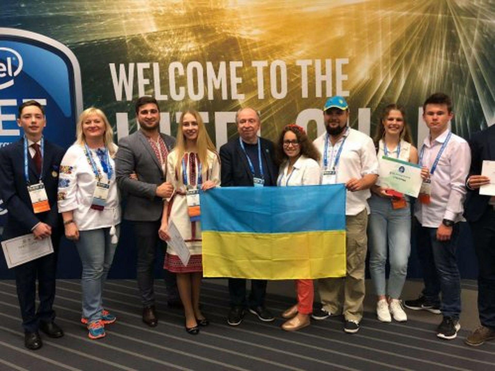 16-річна львів'янка привезла 2 нагороди із конкурсу в США