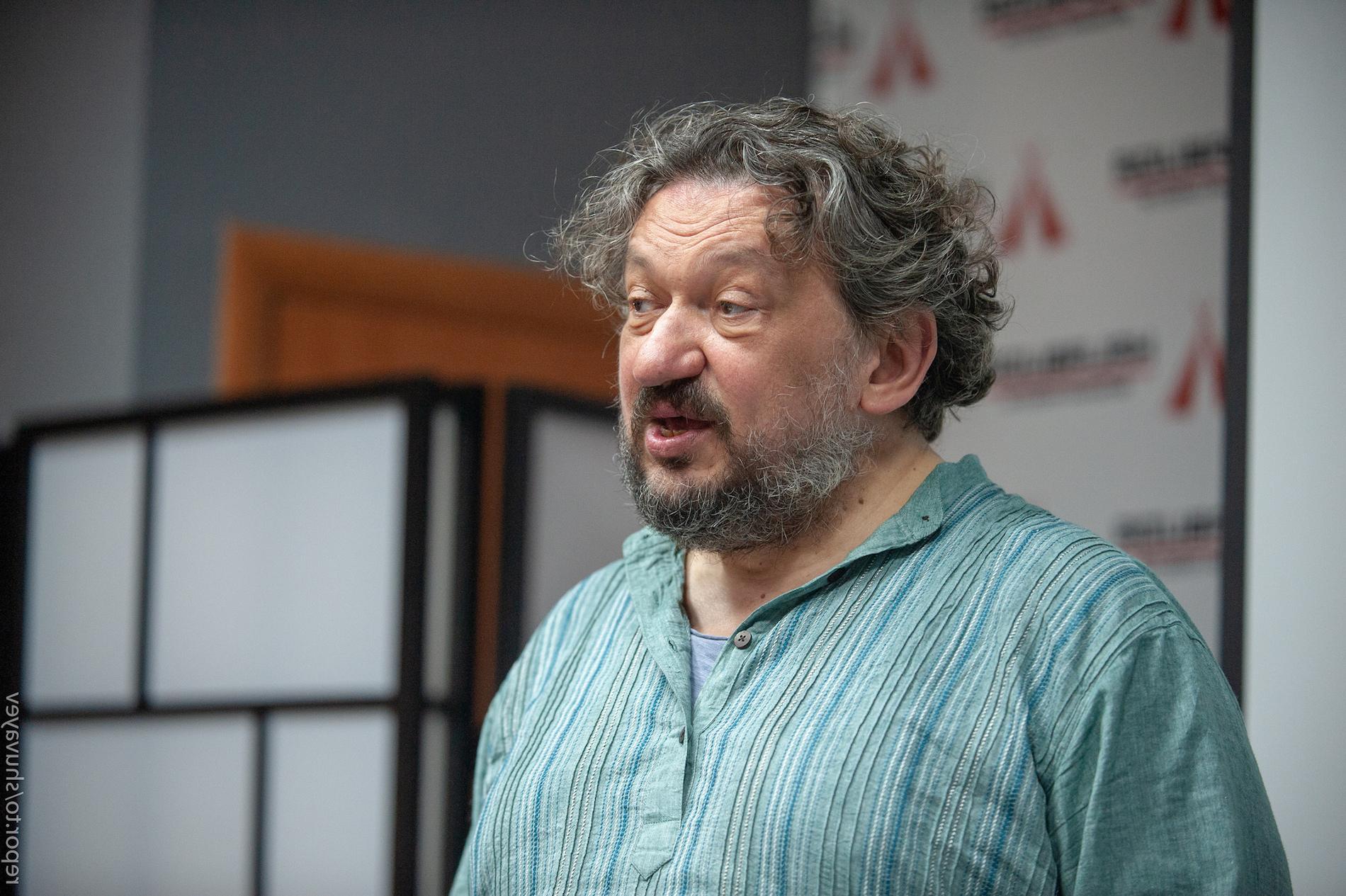 Владислав Троїцький, ЦСМ «Дах» – про мистецтво, смерть, життя та Україну