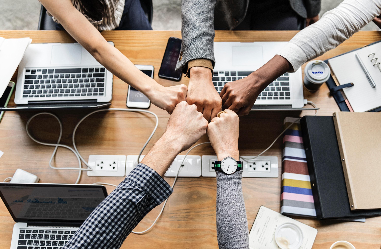 Що таке «бірюзові організації» і які відмінності у компаній майбутнього