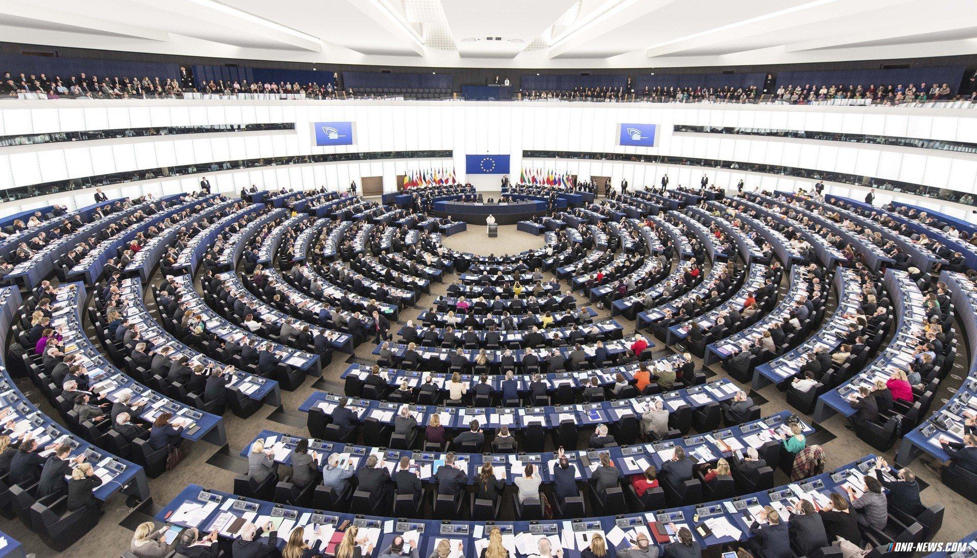 Komitet Jevroparlamentu nadaje makrofinansovu dopomogu Ukraїni
