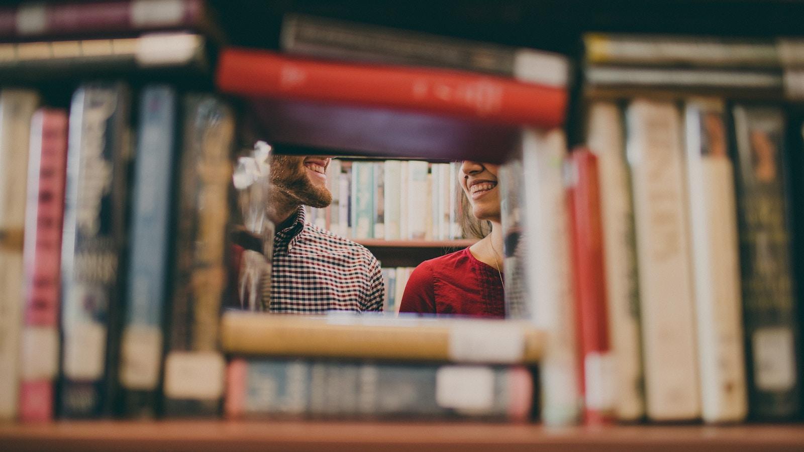 Читання на літо: 5 книг, які радить засновник Microsoft