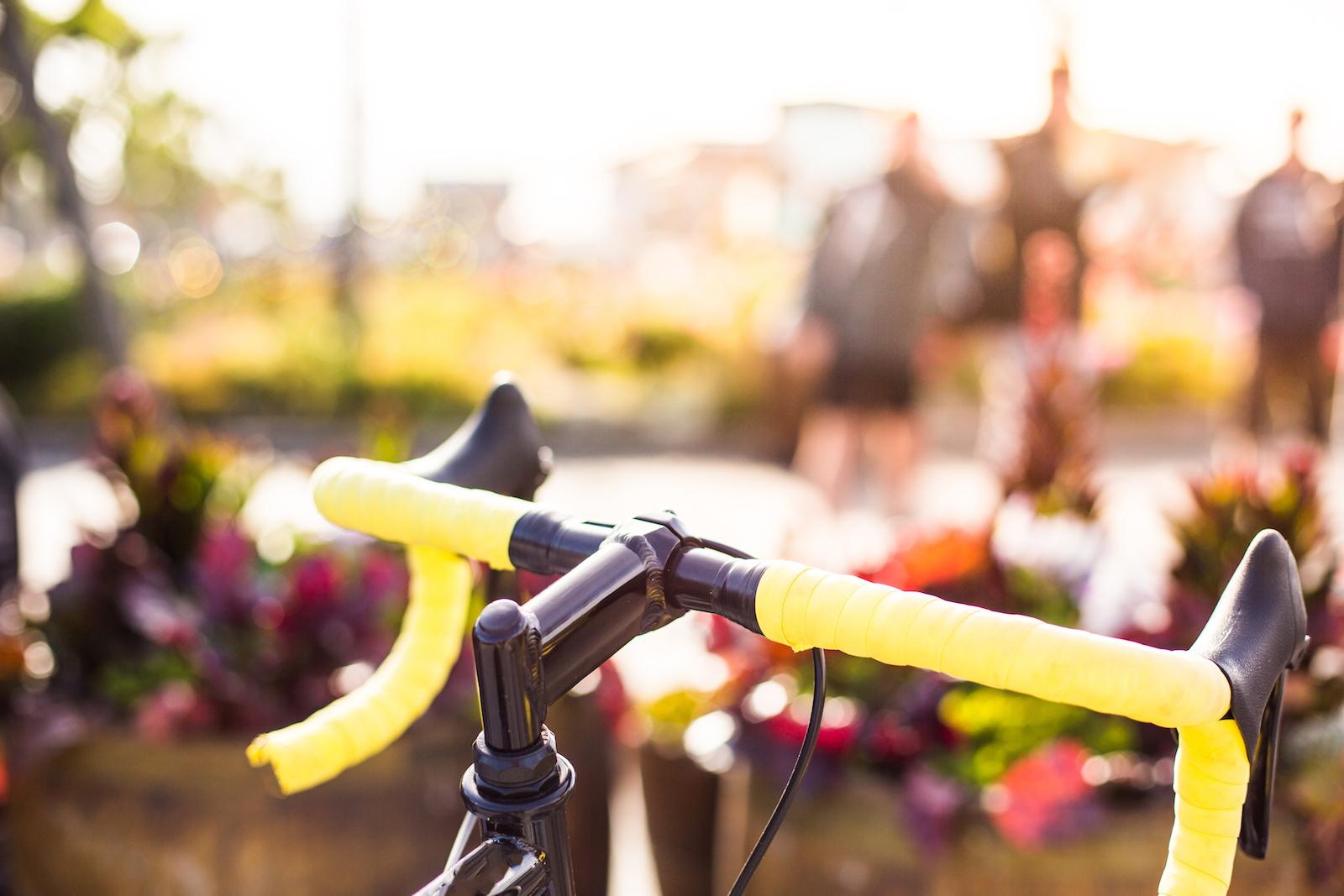 🚲 КМДА побудує велодоріжку від Поштової площі до моста Патона