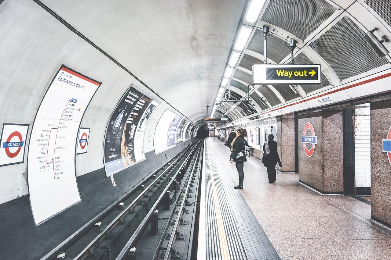 Majže 70% ljudej ne korystujuťsja žetonamy v stolyčnomu metro