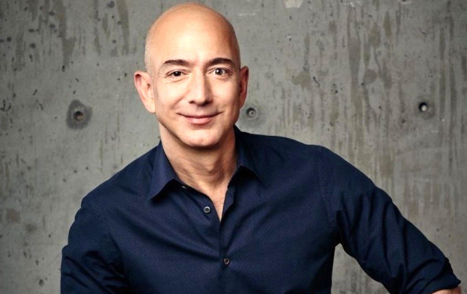 Засновник Amazon став найбагатшою людиною сучасності