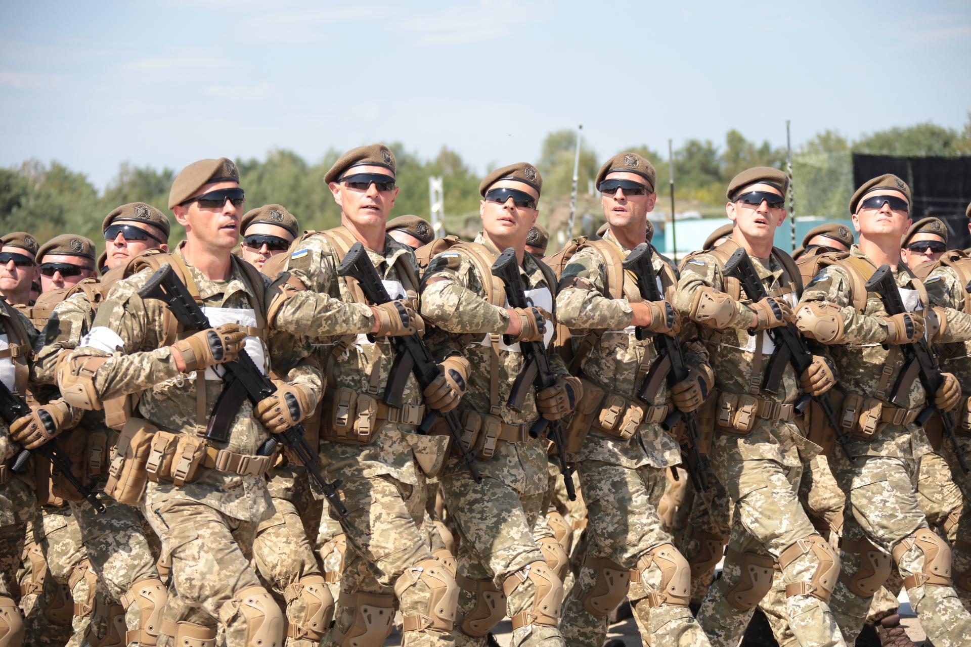 18 країн візьмуть участь у військовому параді на День Незалежності
