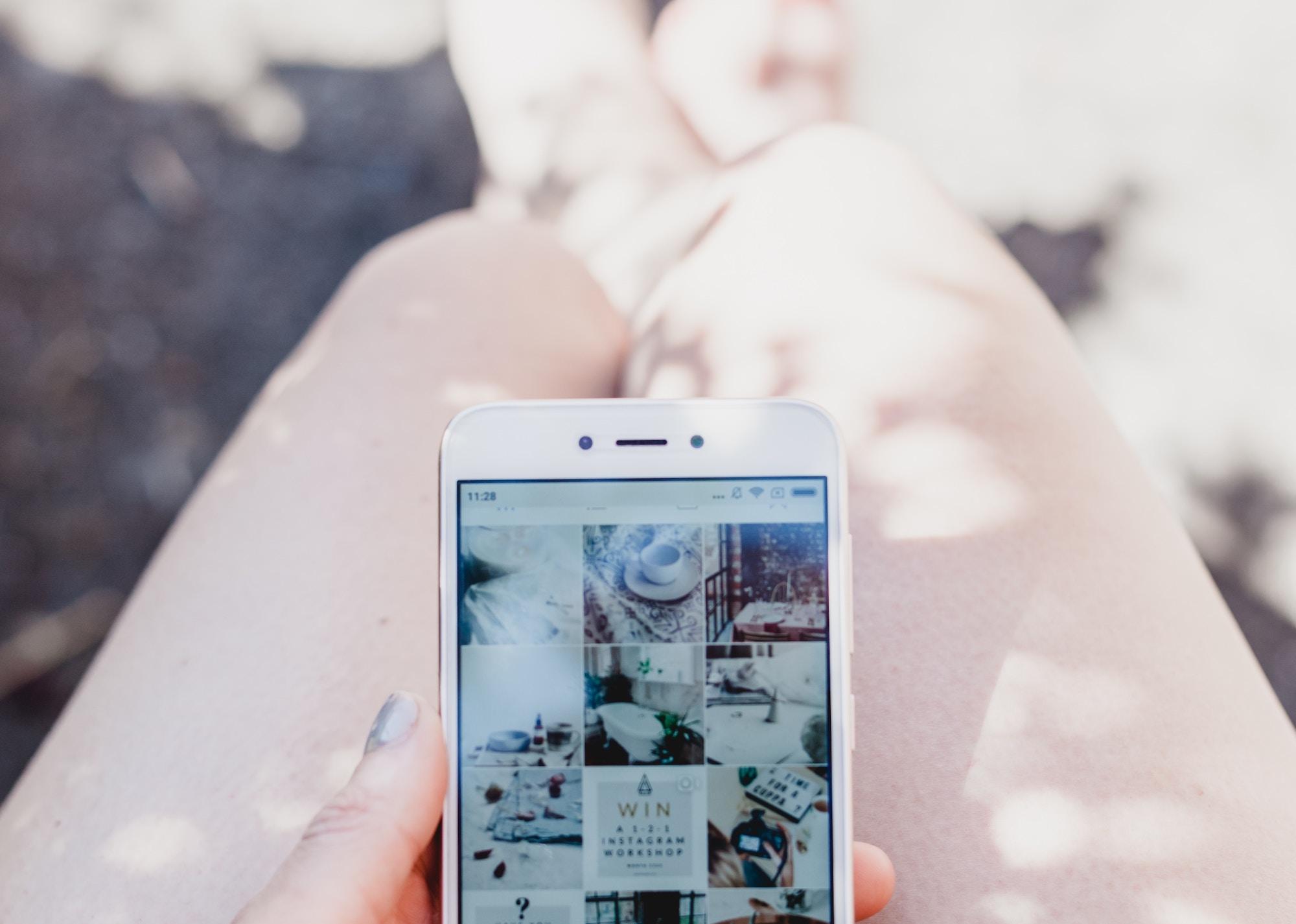 Казка, та не вигадка: Як 27-річна Україна вела власний Instagram