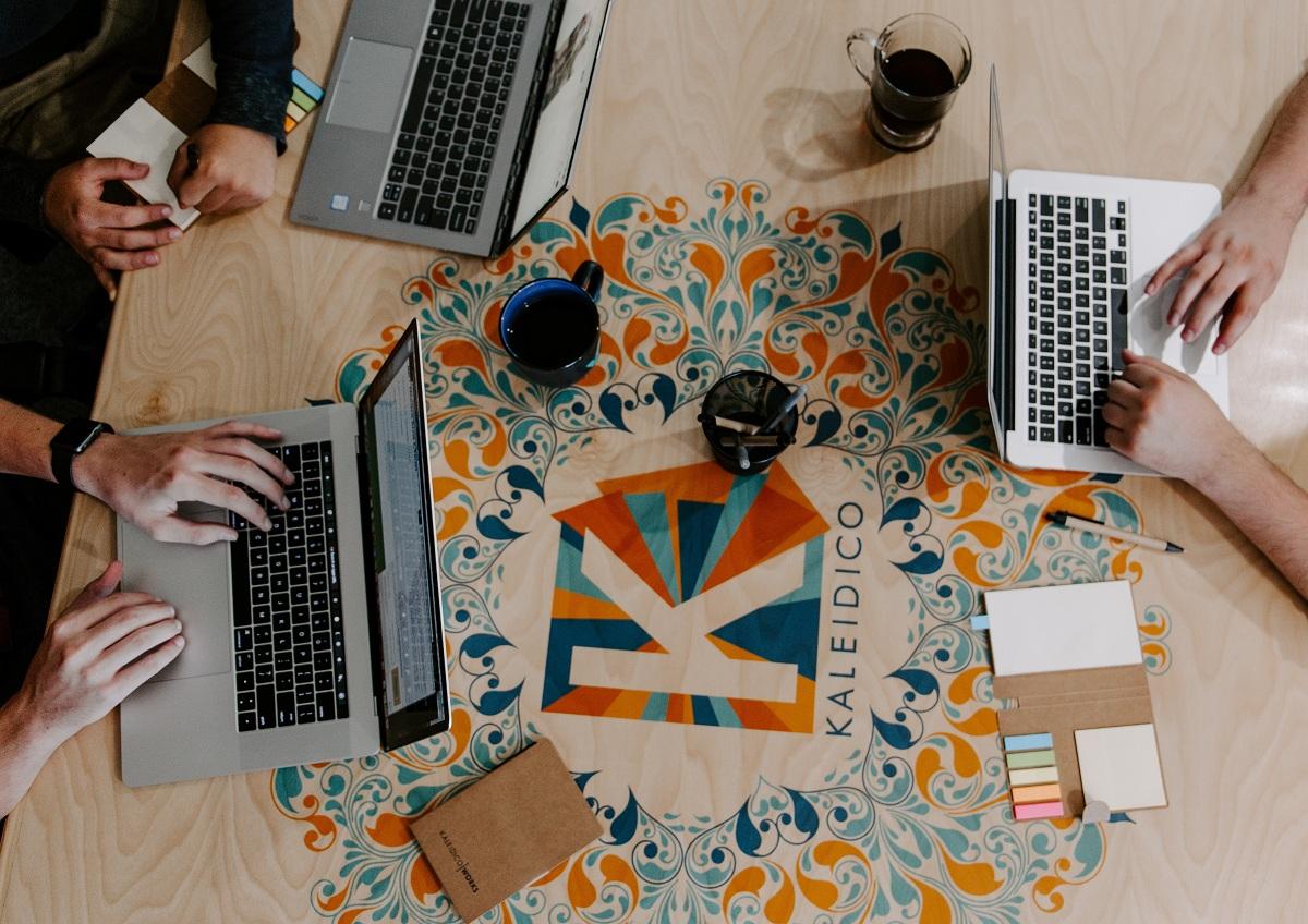 Microsoft дозволить використовувати Office 365 на усіх доступних пристроях