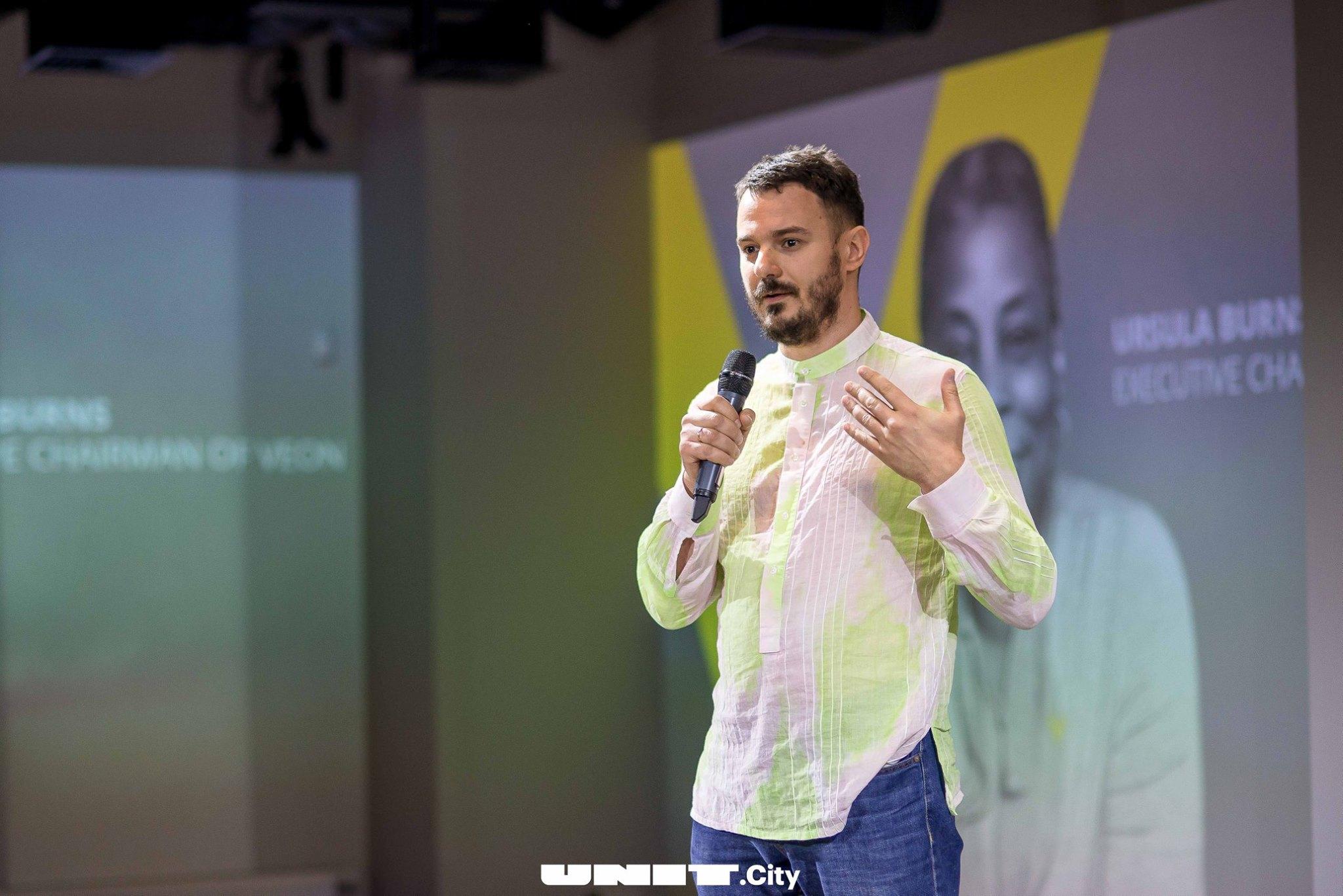 Денис Довгополий, GrowthUP — про криптовалюти в Україні, скам та перспективи blockchain