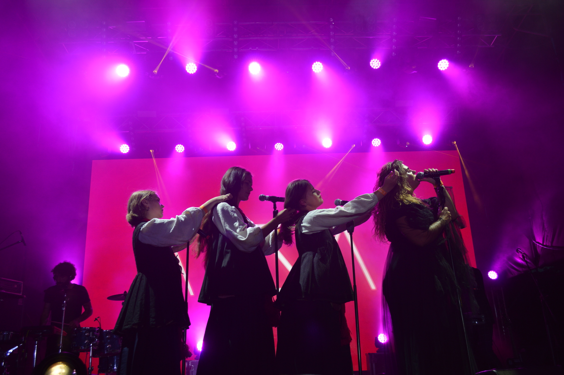 Хіт поп-гурту змусив меломанів вивчити українську в соцмережах