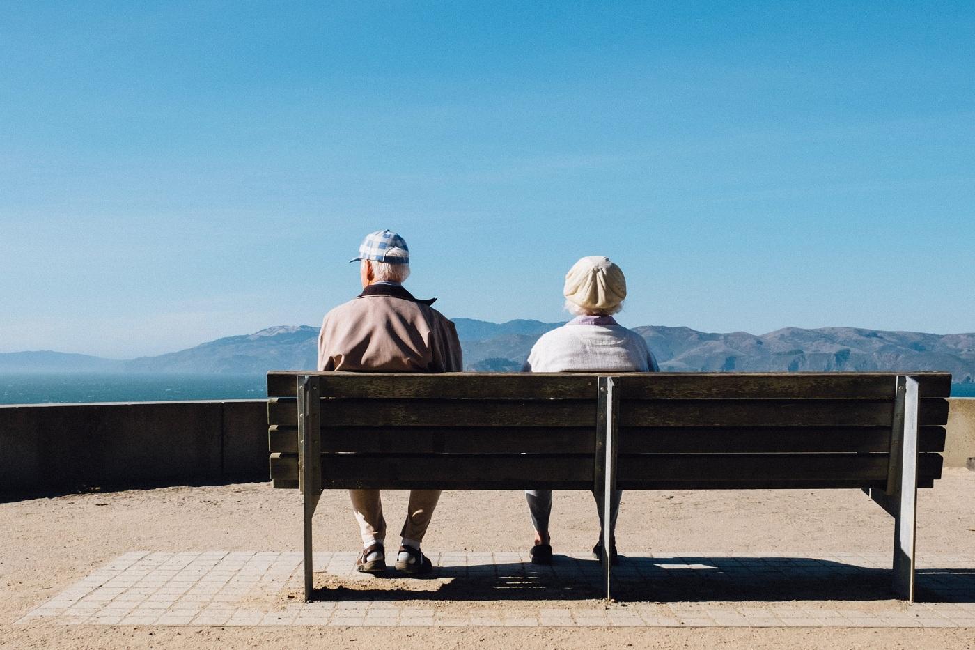 У Eurostat розповіли, де в Європі живуть найдовше