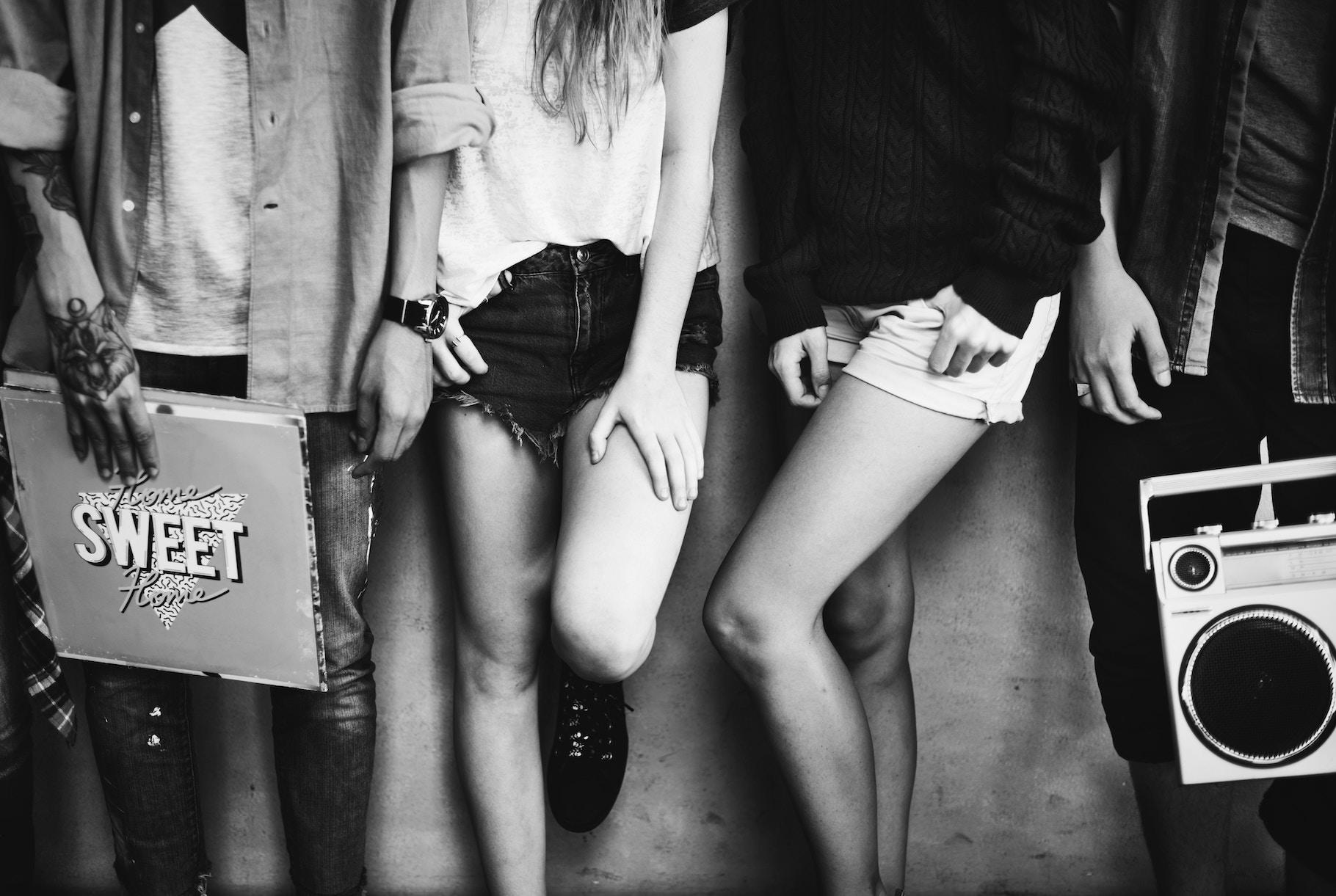 Канікули в ТРЦ: Як сучасна культура «заводить» тінейджерів у молли і що з цим робити