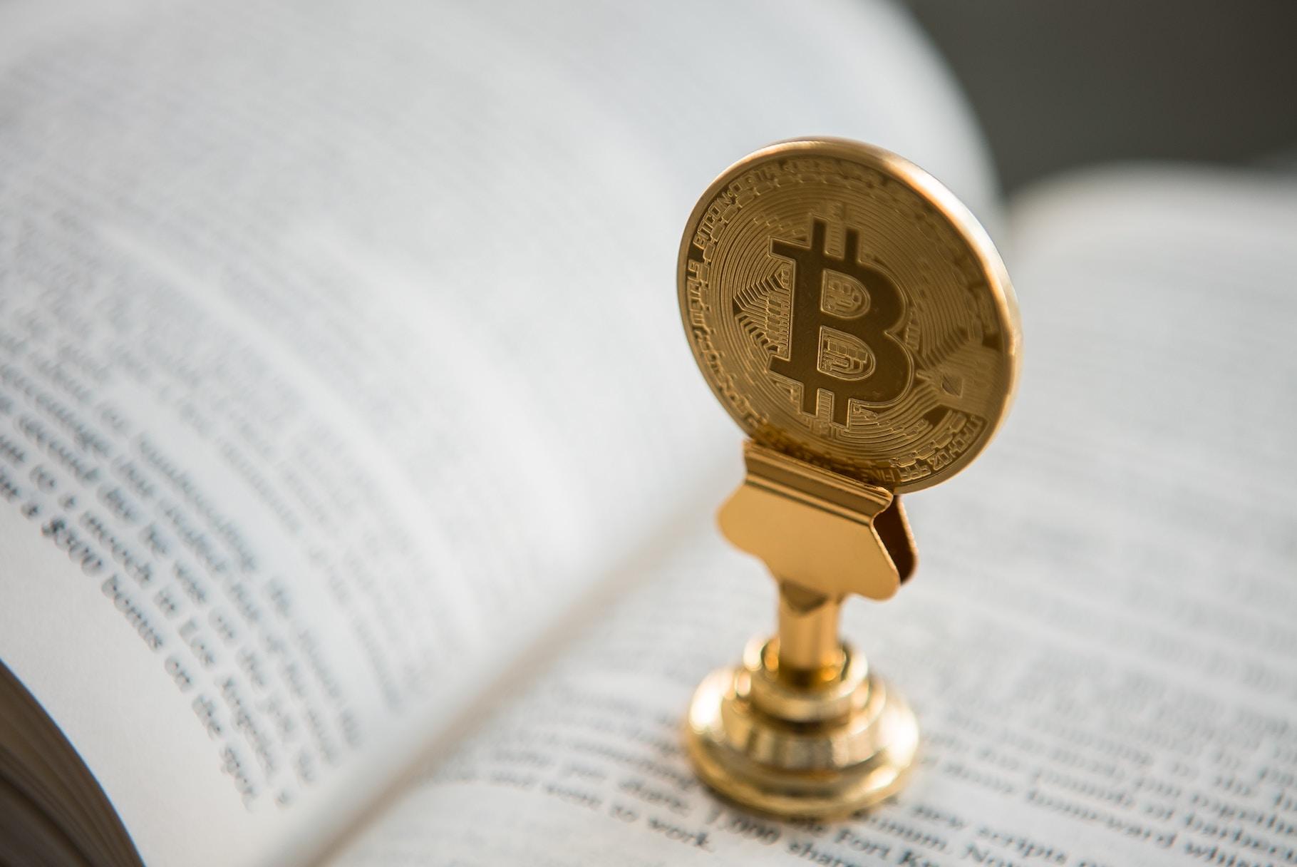 Post cryptum — Падіння криптовалют, хардфорк Bitcoin Cash, криптогривня та збитковий майнінґ