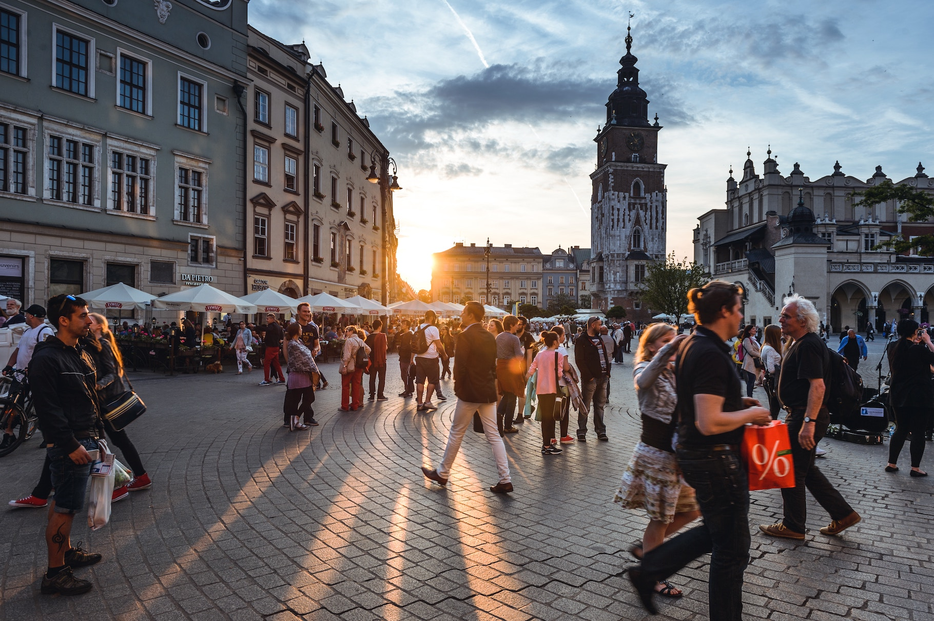 Granty, podatkovi piľgy ta vygidni kredyty — jak Poľšča stymuljuje biznes
