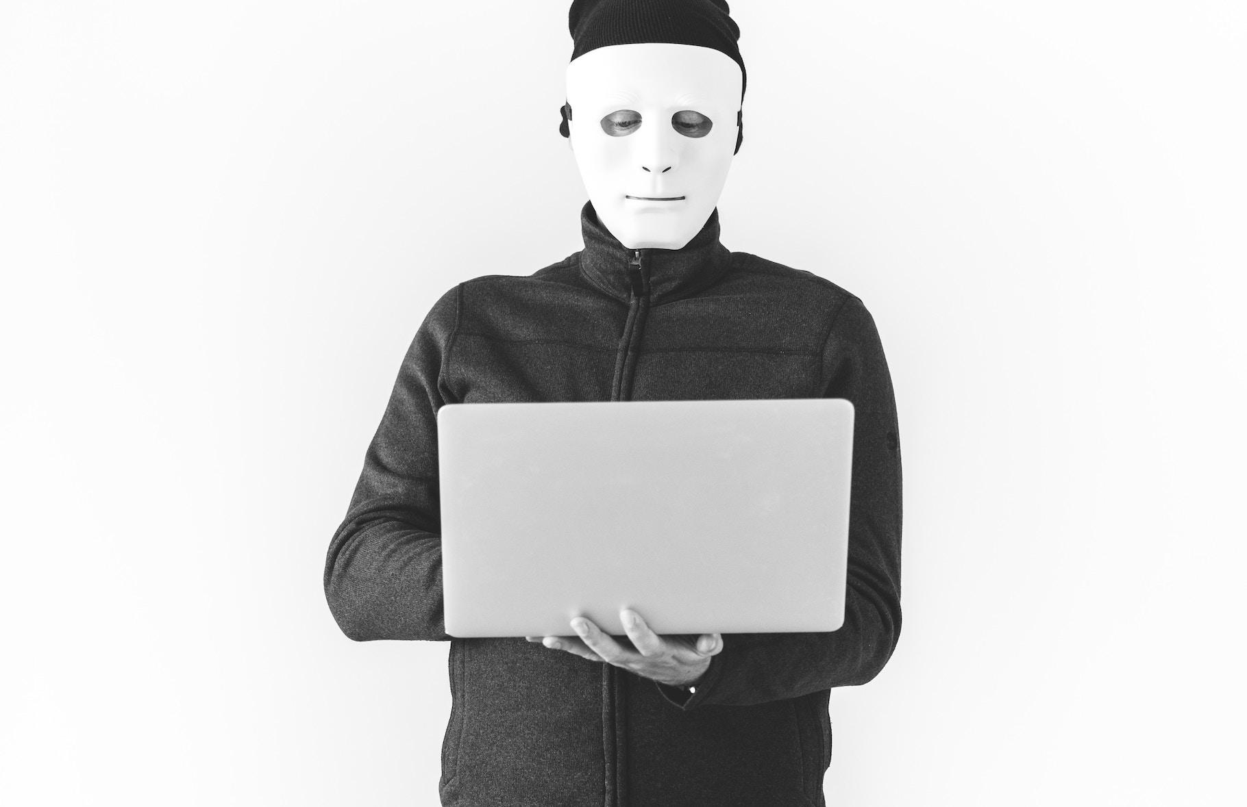 Кіберполіція запобігла продажу даних 500 тис українців