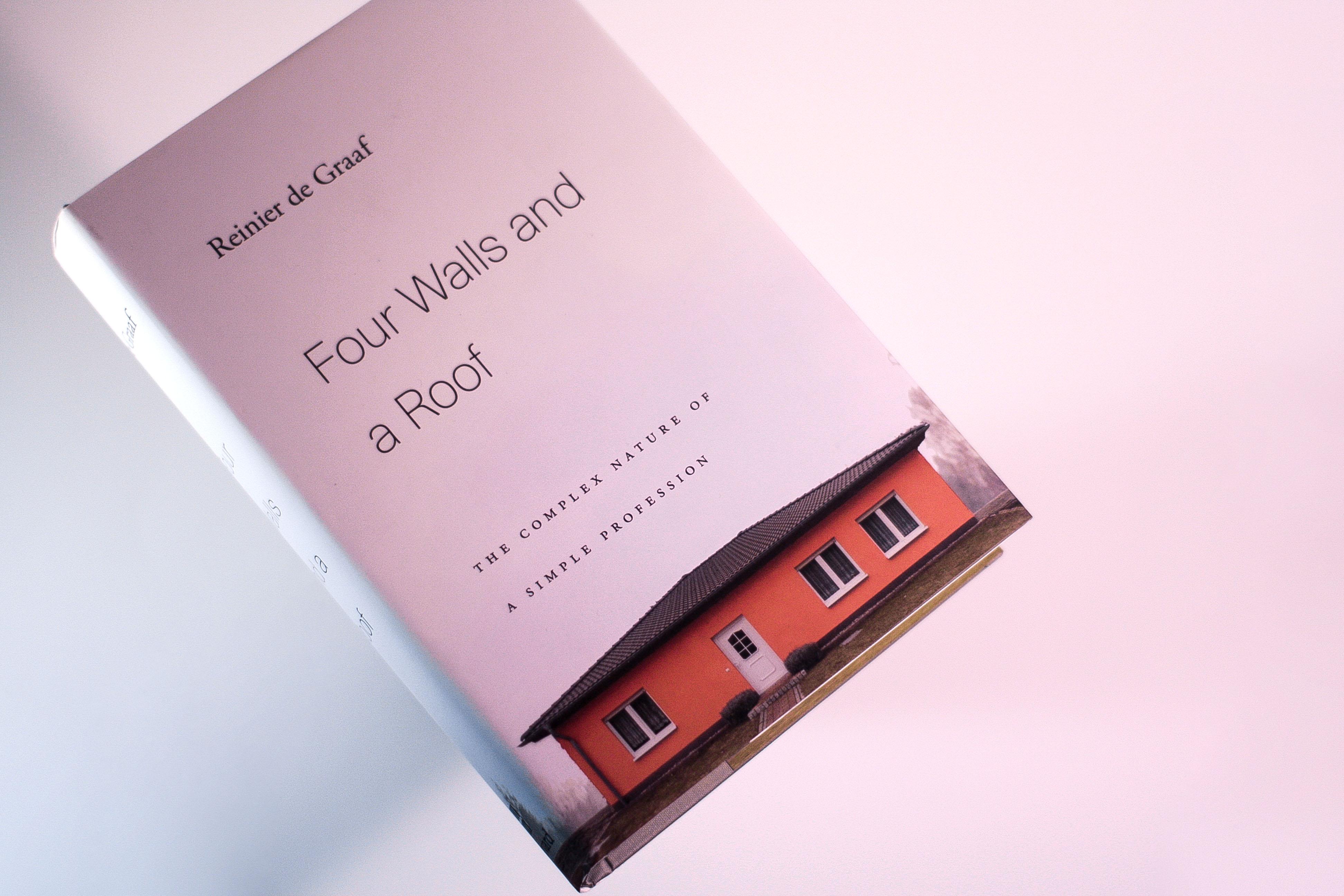 Книга «Чотири стіни та дах: складна природа простої професії» виходить українською