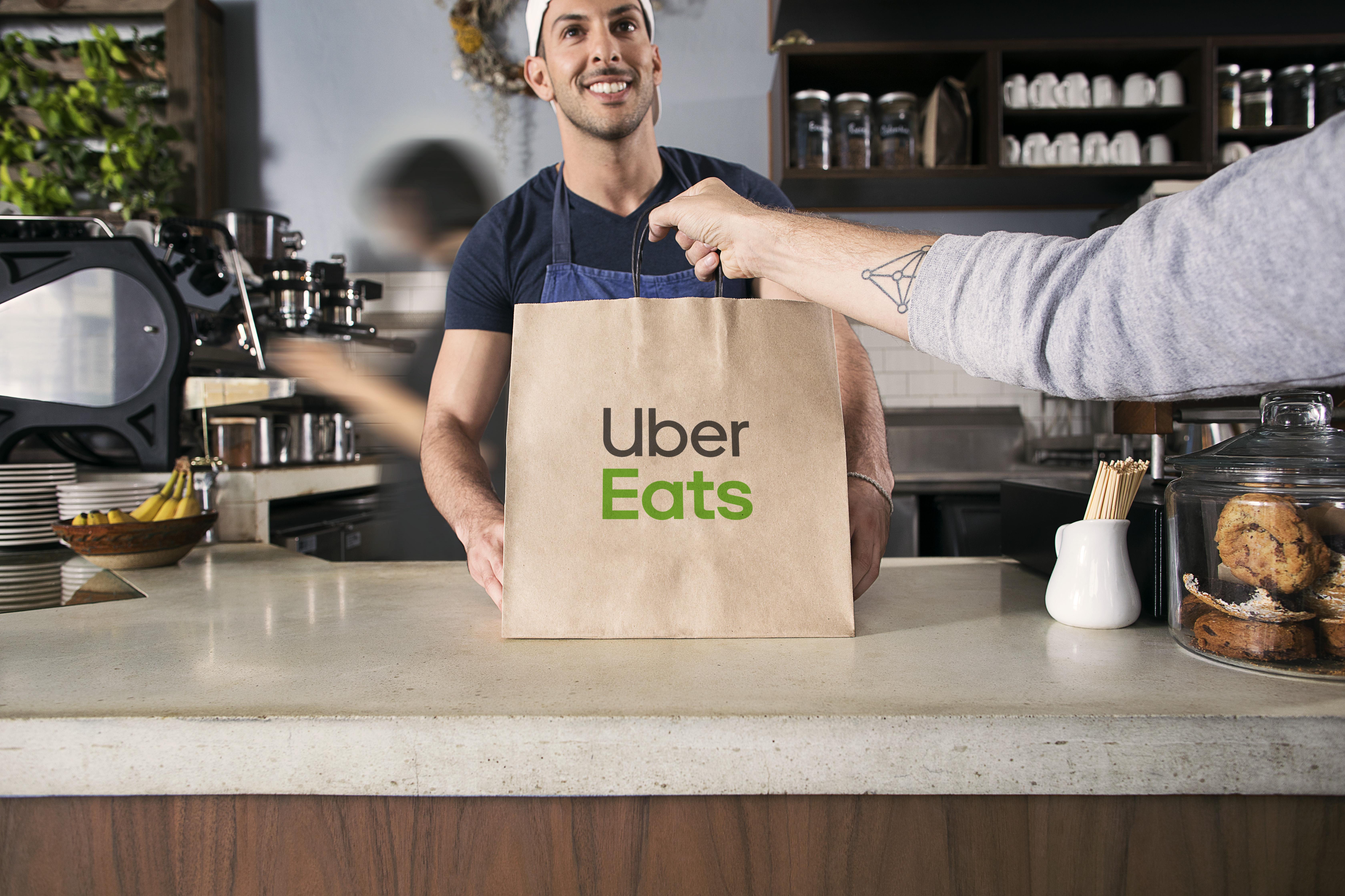 Uber Eats oficijno zapracjuvav u Kyjevi
