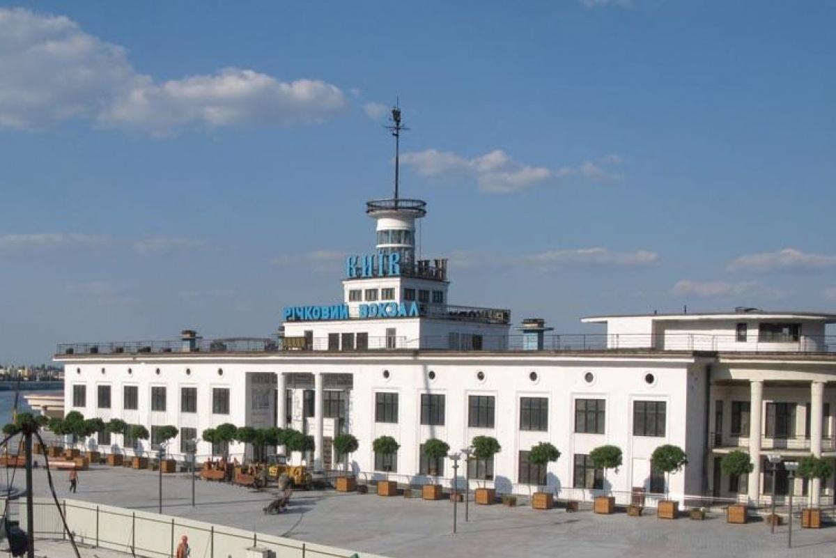 Будівлю Річкового вокзалу відновлять: відкриття орієнтовно в кінці квітня