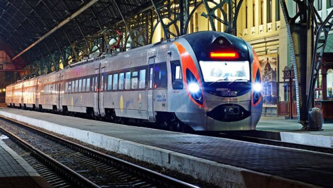 «Укрзалізниця» розділить потяги за рівнем комфорту на три класи