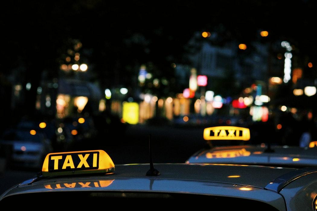 У Львові презентували додаток, що порівнює ціни на таксі