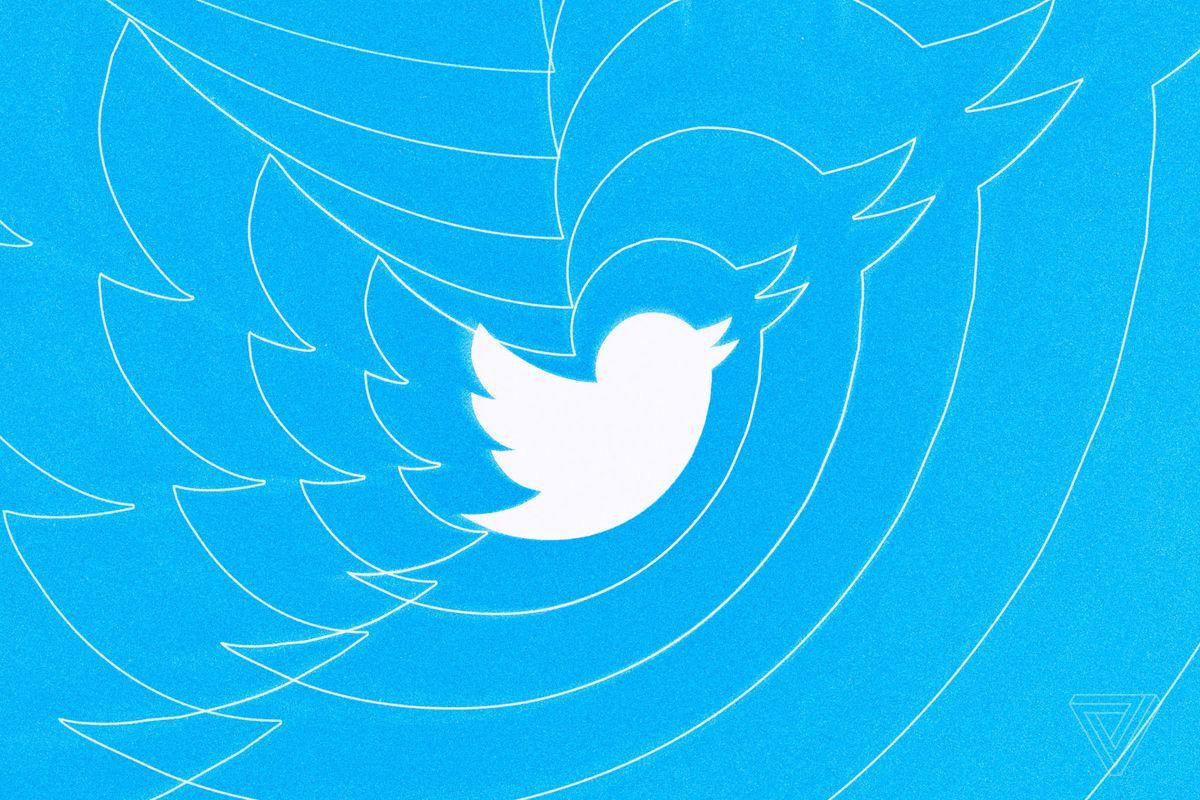 Оновлення Twitter: дозволили вставляти в ретвіти фото і відео