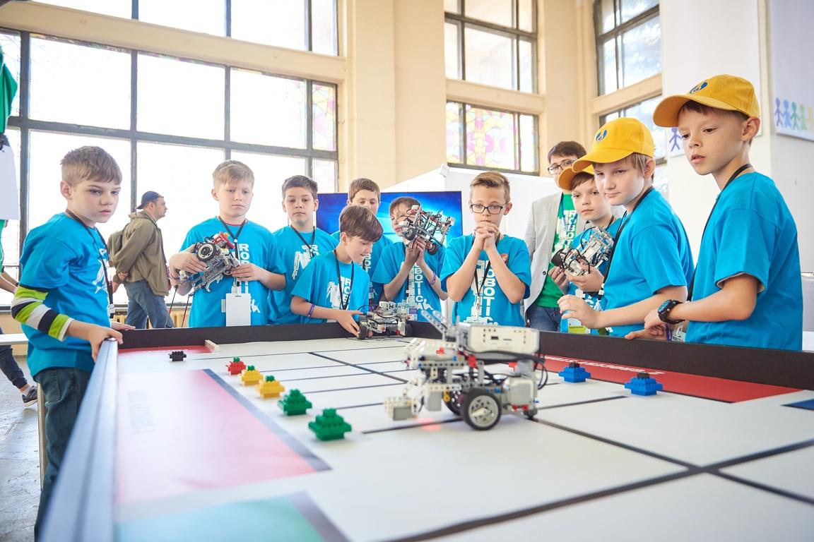 У Києві пройде фестиваль ROBOTICA: роботи гратимуть у футбол та рятуватимуть світ