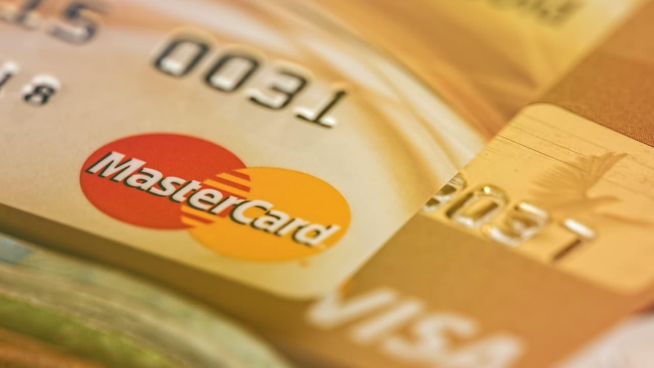💳 Mastercard zaprovadyť kartku z kešbekom u kryptovaljuti