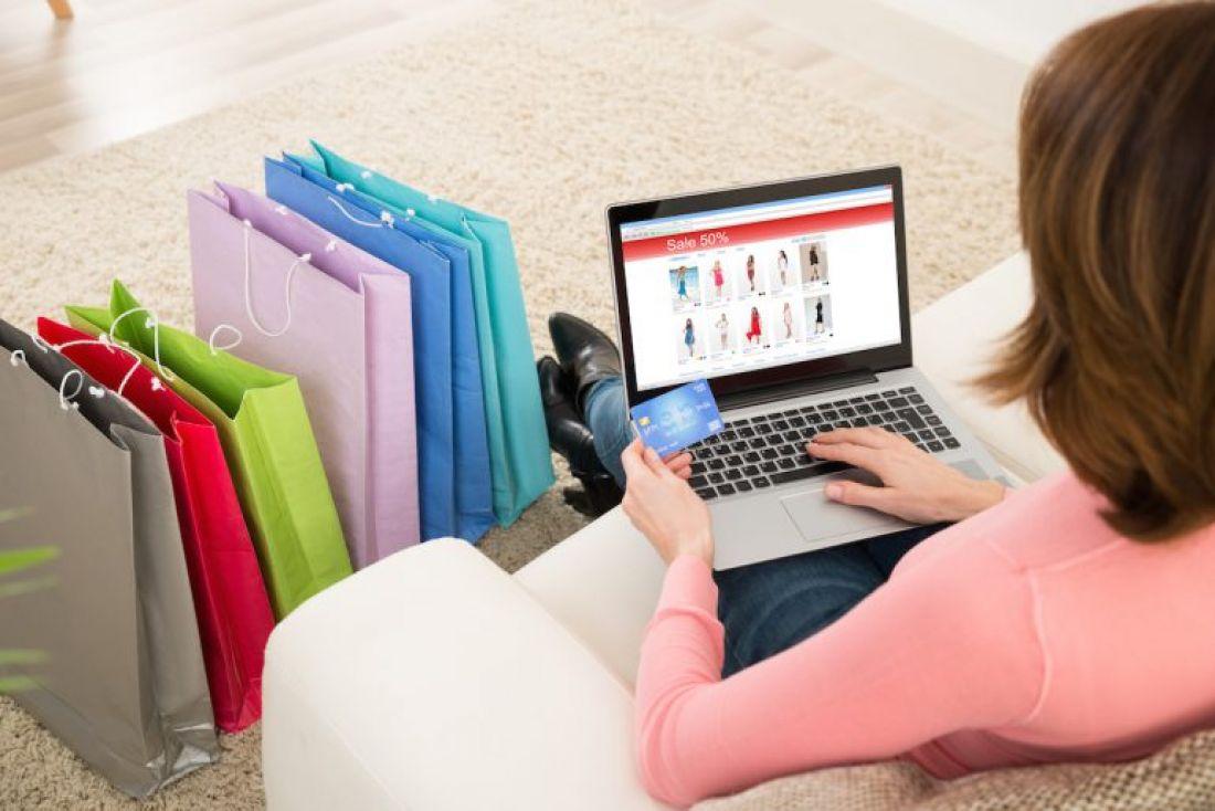 🛍️ Українці стали частіше робити покупки у зарубіжних магазинах, лідер – eBay