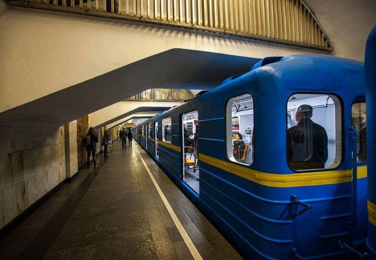 🚇 Відео: як будують метро на Виноградар