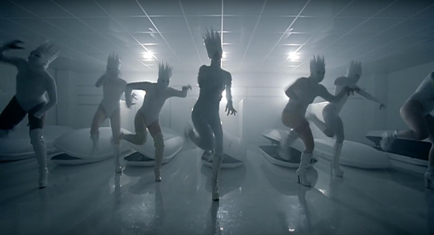 💿 YouTube та Universal оновили класичні музичні кліпи — Lady Gaga, No Doubt, The Killers та інші. Дивіться відео