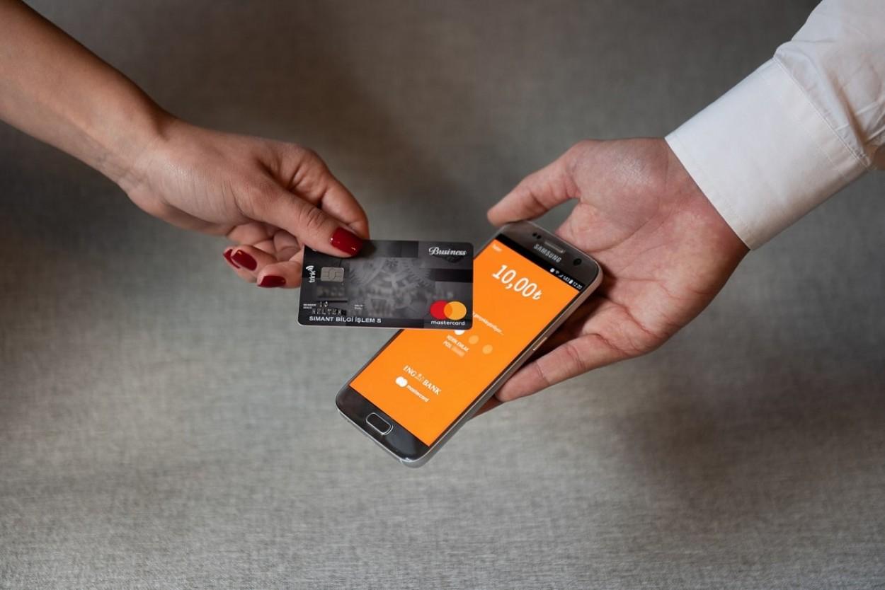 💳 Смартфон як платіжний термінал: Visa та Ощадбанк запустили в Україні нову послугу