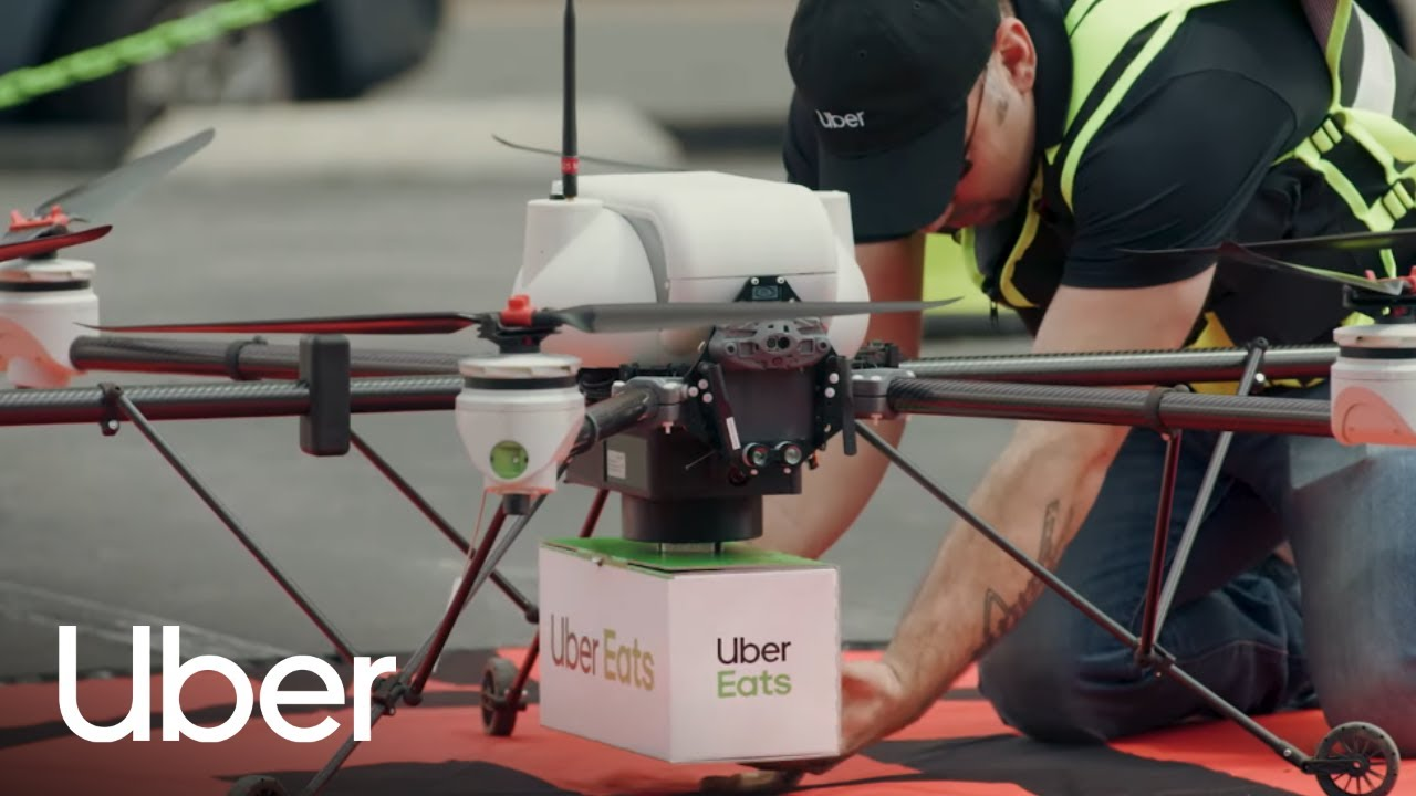 🚗 Uber predstavljaje novi bezpilotni avtomobili ta anonsuje perši dostavky їži dronamy