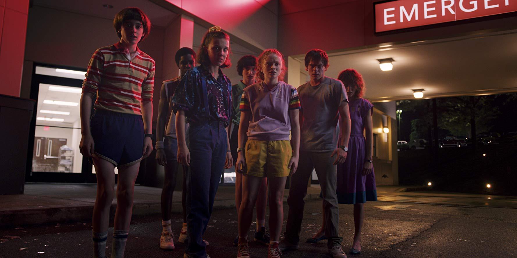 🐙 Dyvytysja na vyhidnyh: serial Stranger Things / «Dyvni Dyva» — vyjšov 3 sezon