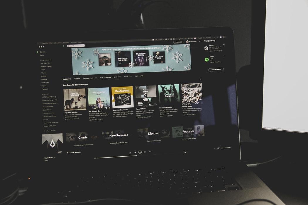 🎧 Spotify може запуститися в Україні. На вулицях Києва помітили рекламу