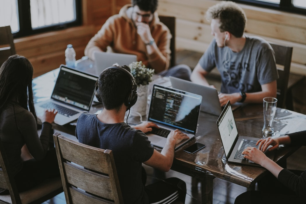 🤑 В Україні запустили портал для пошуку грантів, стипендій та інвестицій — KickYour.Tech