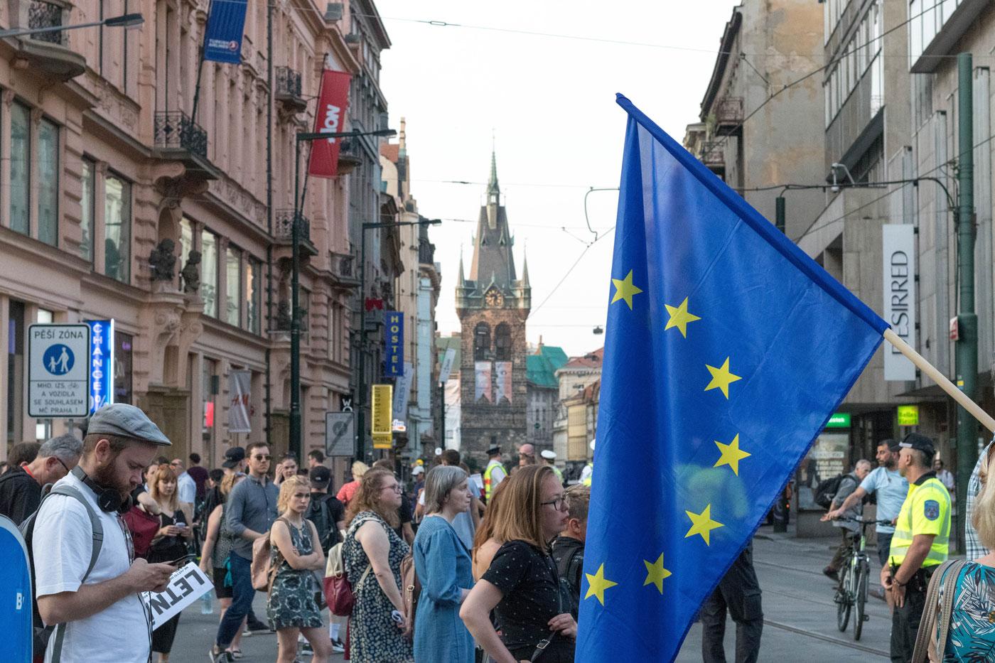 ✈️ Нові правила безвізу з ЄС — з 2022 року стане платним. Пояснюємо, що відбувається