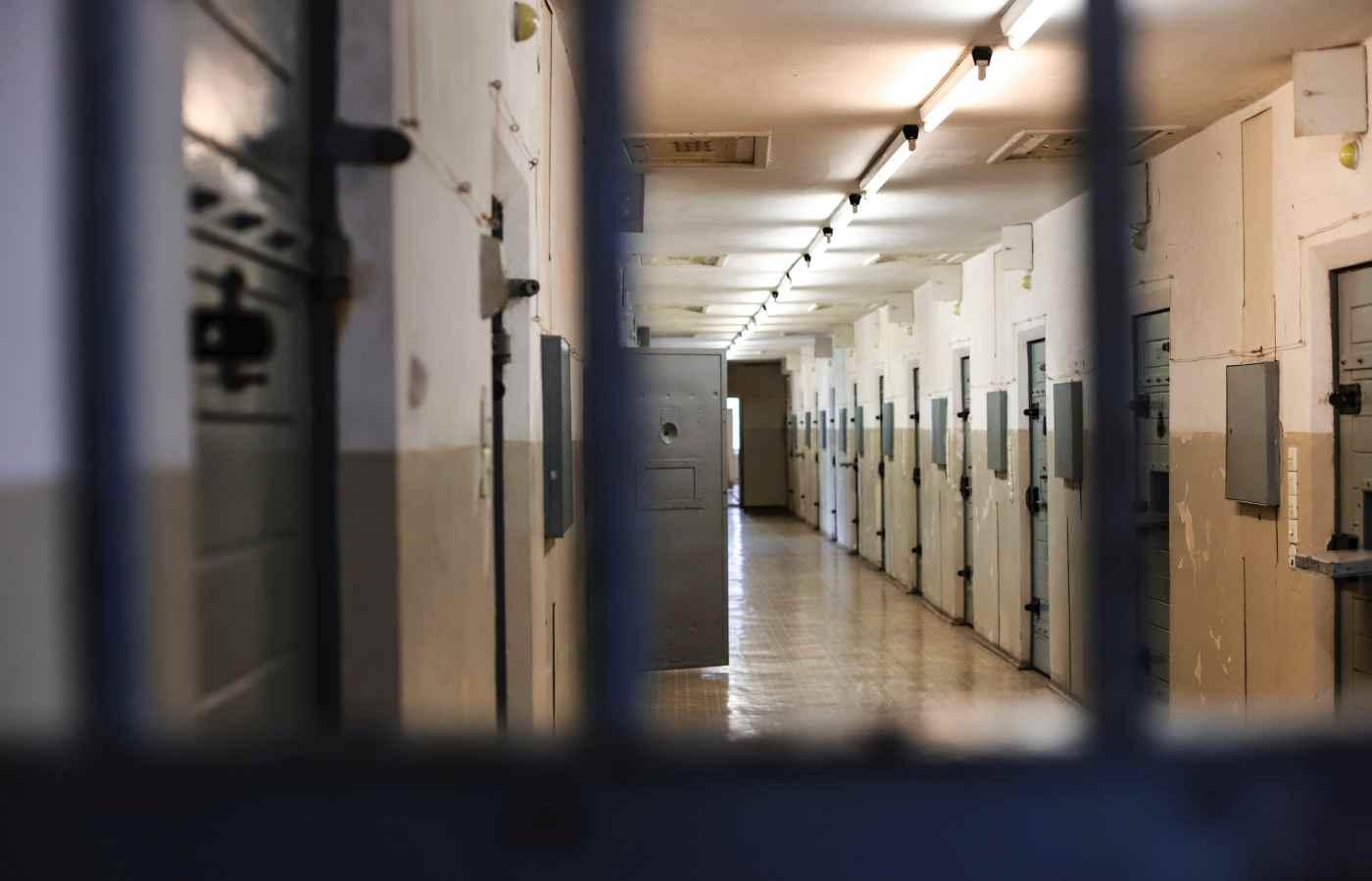 🦹🏼♀️ Мама хакера проникла до в'язниці та зламала її системи безпеки