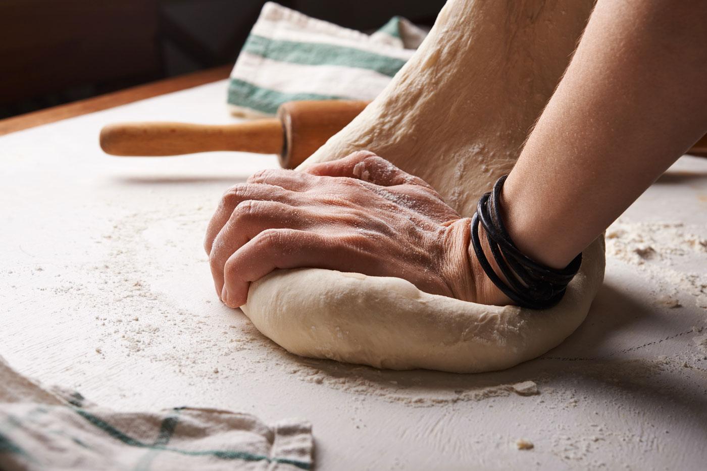 🥖 Коли дійсно немає, що робити на карантині — творець Xbox готує хліб, якому понад 4000 років