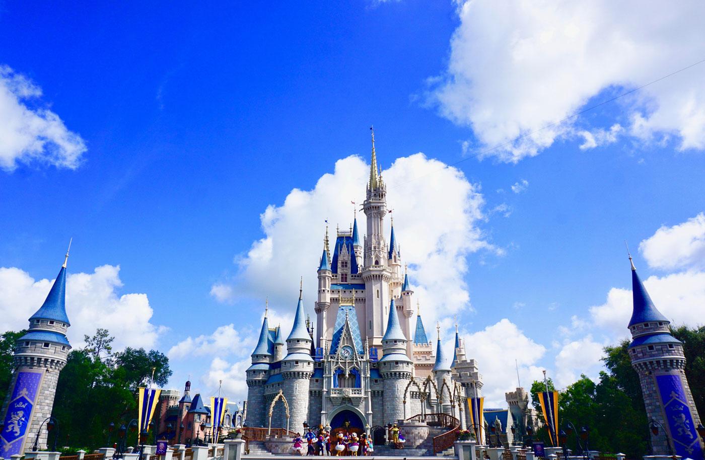 🏰 Disney zapustyv elektronnu versiju svoїh atrakcioniv — teper vidvidaty park možna u sebe vdoma
