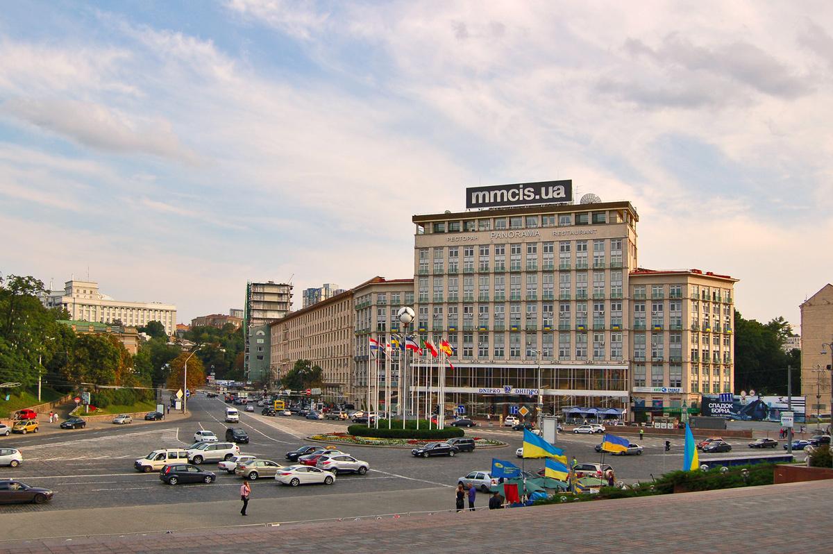 🏨 З готеля «Дніпро» зроблять професійну кіберарену та перший esports-ready готель
