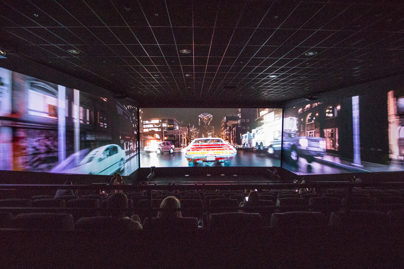 🎞 Multiplex відкрив перший кінотеатр із 270-градусним панорамним екраном у Києві — що це таке та де саме