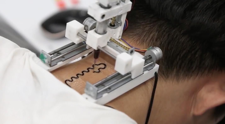🖨 Вчені винайшли 3D-принтер, який робить татуювання, що допомагає в лікуванні