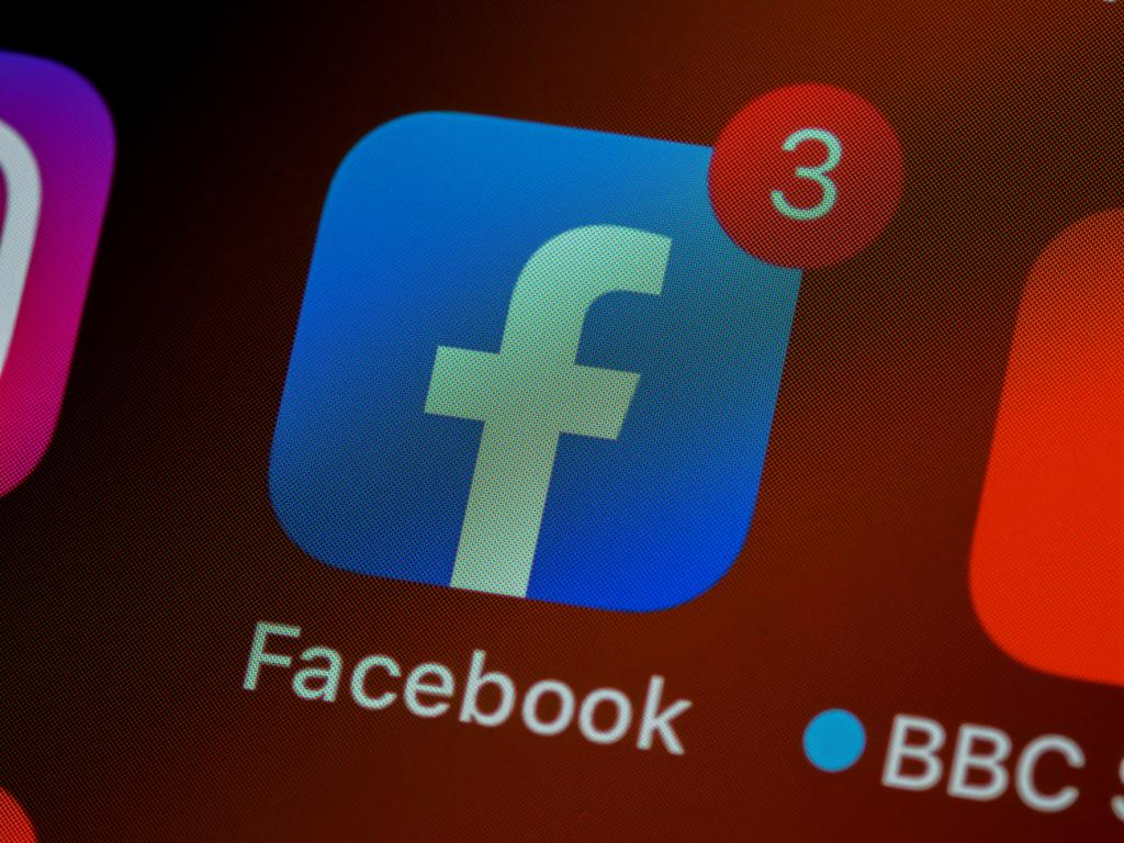 Повідомлення на Фейсбук