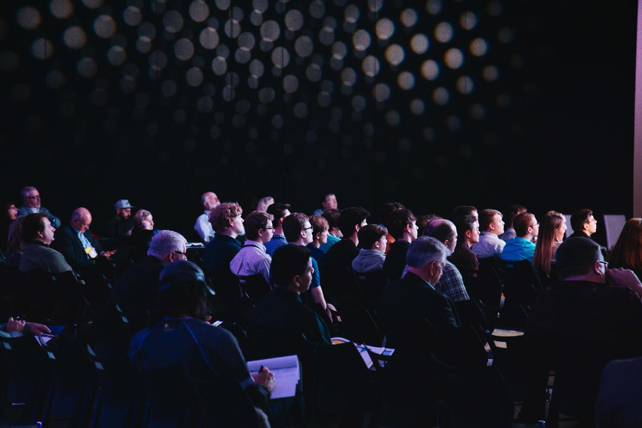 👨🏼💻 10 lajfhakiv: jak perevesty mižnarodnu konferenciju v onlajn i zrobyty komunikaciї šče biľš efektyvnymy