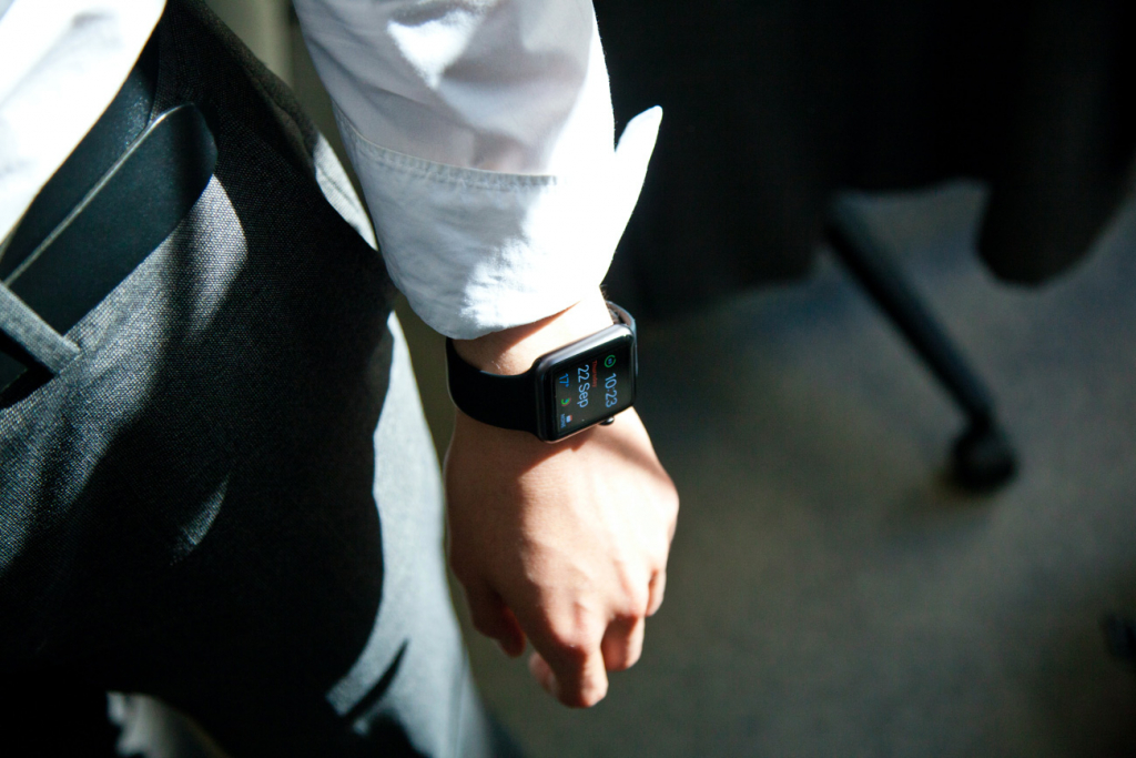 COVID-19 та Apple Watch