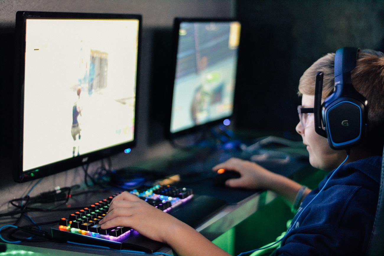 🤡 Діти випадково знайшли баґ комп'ютера, який дозволяв користуватись ним без пароля