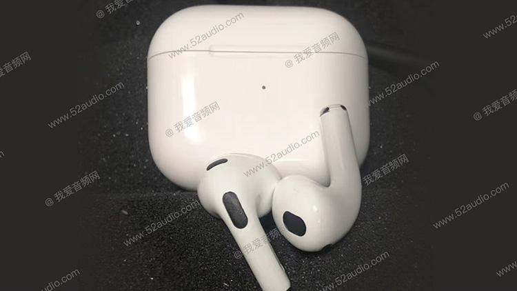 Навушники AirPods 3