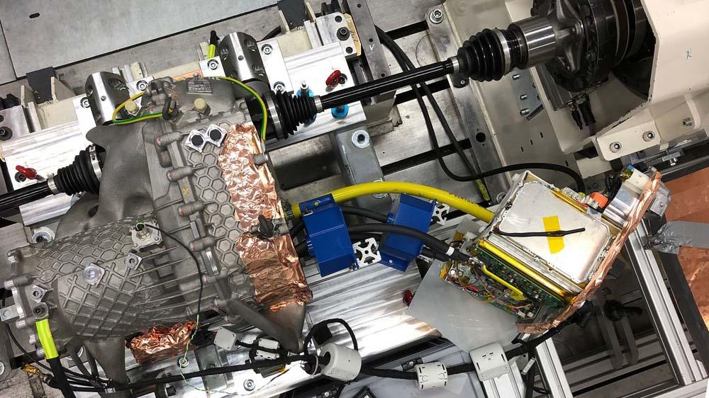 📠 Porsche друкує частини машин на 3D-принтері — міцніше та легше